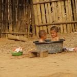 2 enfants Laosiens